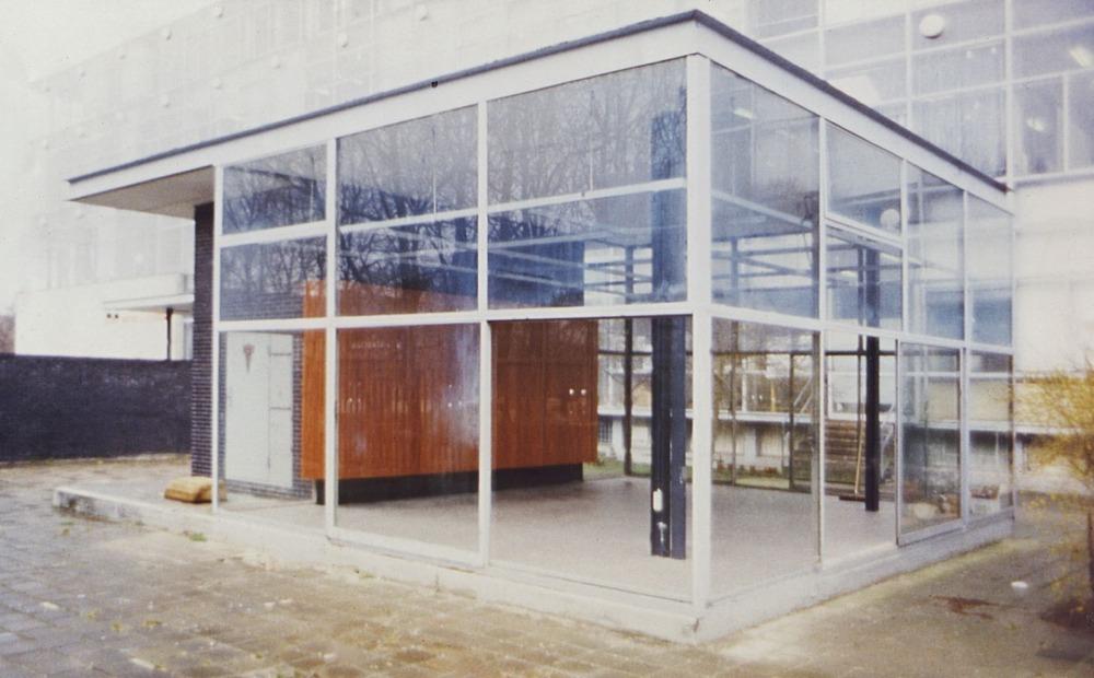 series soli-1988-Rietveldpaviljoen-buiten