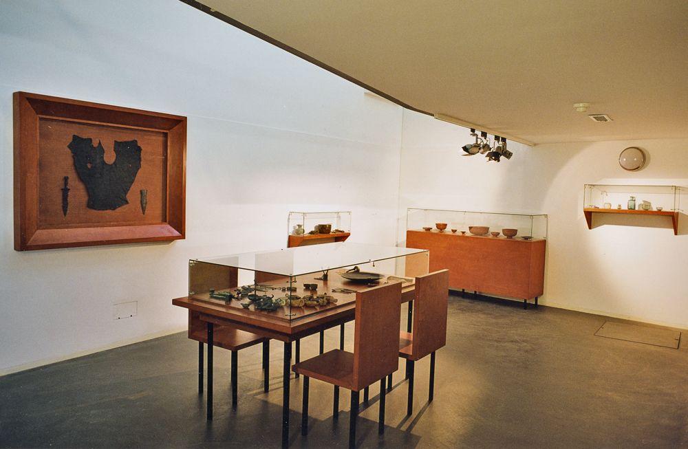 1999-centraal museum-utrecht-05-archeologie